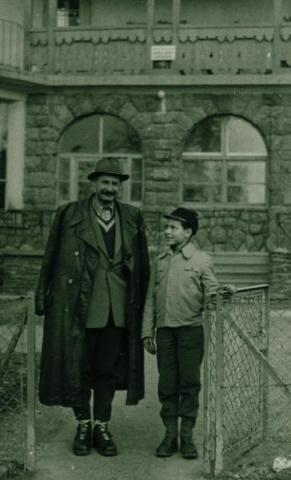 Bálint György fiával, Jánossal