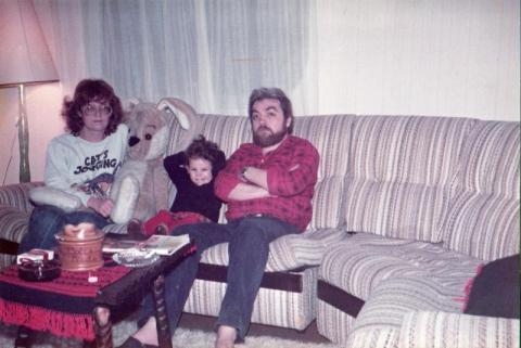 Nacsády András feleségével és lányával