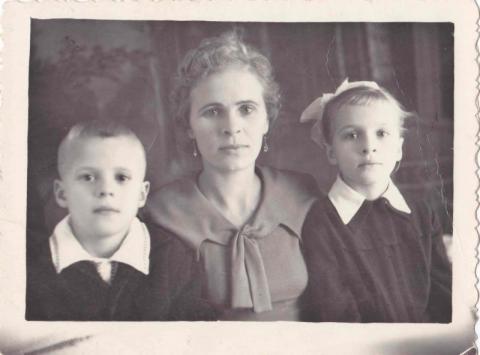 Anna Vasziljevna, Gúth Zoltán és Ljudmilla